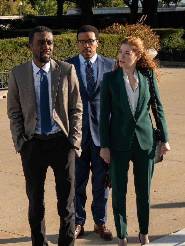 The Team Talks to Someone - Proven Innocent Season 1 Episode 5