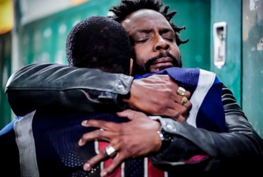 Hug - All American Season 1 Episode 16