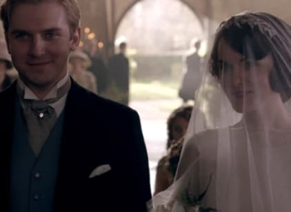 Watch Downton Abbey Season 3 Episode 1 Online