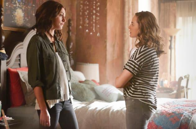A Mother-Daughter Argument? - The Originals Season 5 Episode 1