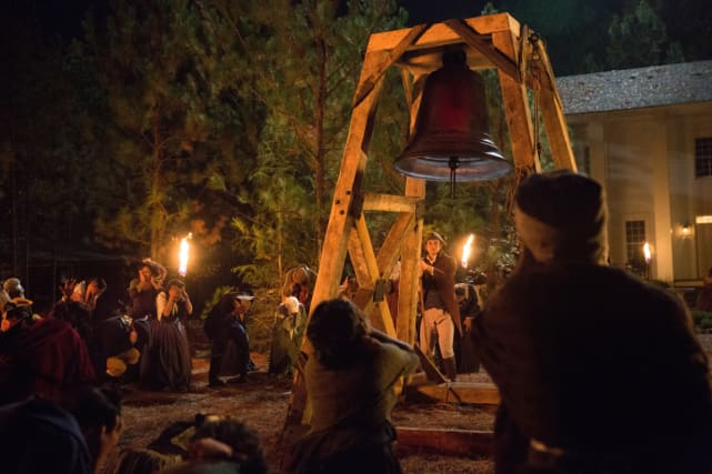 Ringing The Bell - The Vampire Diaries Season 8 Episode 12