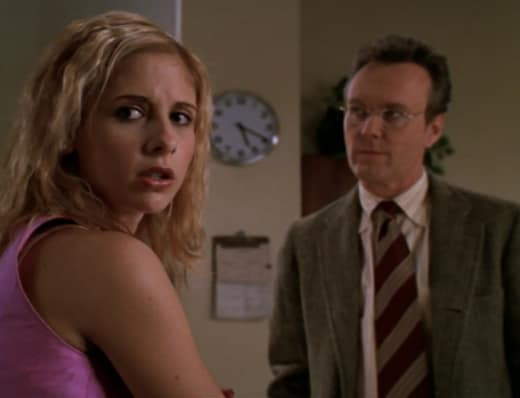 Nearby Door - Buffy the Vampire Slayer Season 3 Episode 13