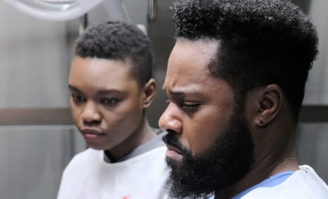 Weighing Matters of the Heart - Tall - The Resident Season 2 Episode 14