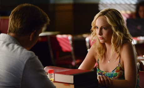 Dining with Caroline - The Vampire Diaries Season 6 Episode 1