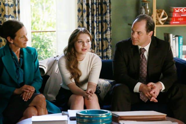 Teenage Drama - How To Get Away With Murder Season 2 Episode 4