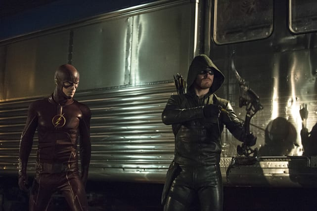 The Flash and The Arrow Season 3 Episode 8