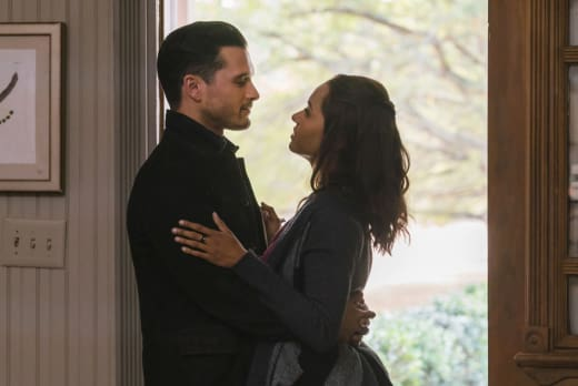 It's Love - The Vampire Diaries Season 8 Episode 11