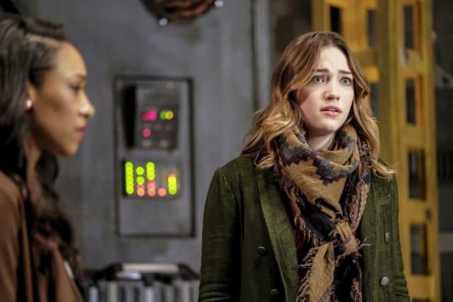 Earth-1 Problems - The Flash Season 3 Episode 15