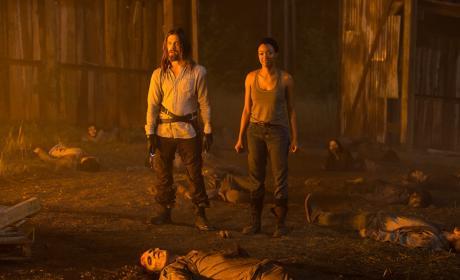 Jesus and Sasha - The Walking Dead Season 7 Episode 5