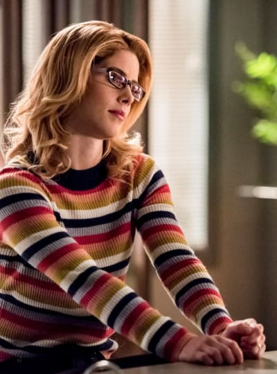 Sexy Mama - Arrow Season 7 Episode 14