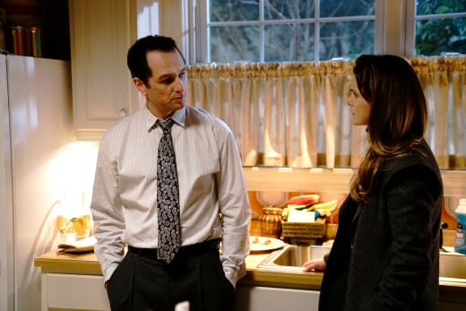 Making a Decision - The Americans Season 6 Episode 3