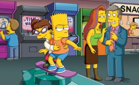 Kristen Wiig and Alyson Hannigan on The Simpsons