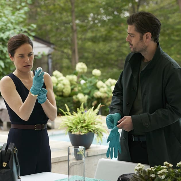Surgery Prep - Mary Kills People Season 2 Episode 5