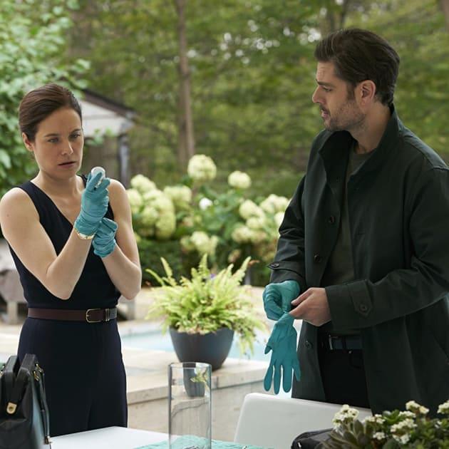 Surgery Prep - Mary Kills People Season 2 Episode 5