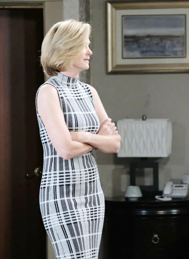 Eve Fights With Jen Again - Days of Our Lives