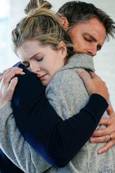 Suttard Hug - The Bold Type Season 4 Episode 15