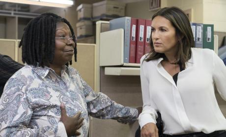 Whoopi Goldberg Guest Stars - Law & Order: SVU