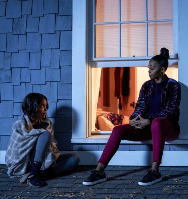 New Hero On The Block - Black Lightning Season 2 Episode 15