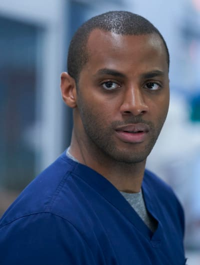 Keon Challanges Dr. Hamilton - Nurses Season 1 Episode 8