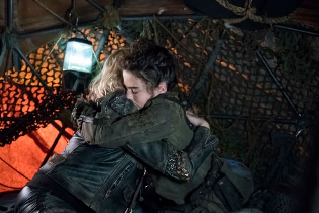 the 100 season 5 episode 6 review exit wounds tv fanatic. Black Bedroom Furniture Sets. Home Design Ideas
