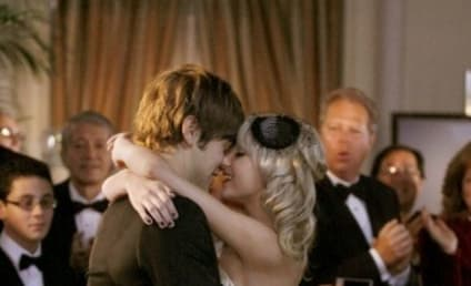 Report: Taylor Momsen, Chace Crawford Spotted Kissing