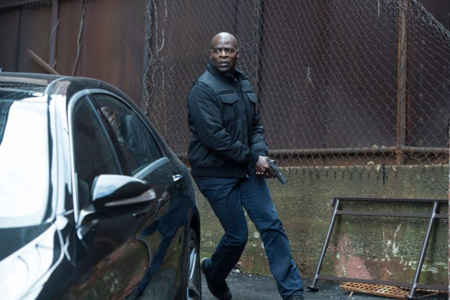 Dembe races to the car - The Blacklist Season 4 Episode 21