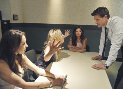 Watch Pretty Little Liars Season 2 Episode 12 Online