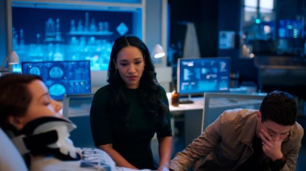 A Broken West Allen Family - The Flash Season 5 Episode 11