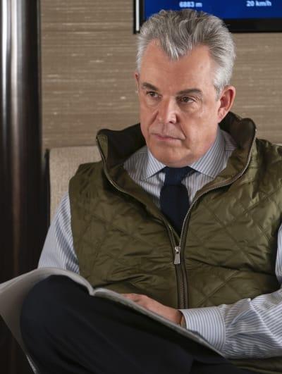 Banker Dan - Succession Season 2 Episode 6