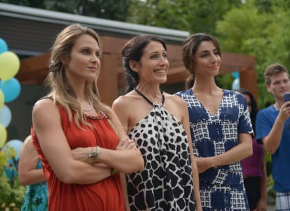 Watch Girlfriends' Guide to Divorce Season 1 Episode 7 Online