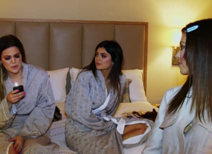 Watch Keeping Up with the Kardashians Season 11 Episode 3 Online