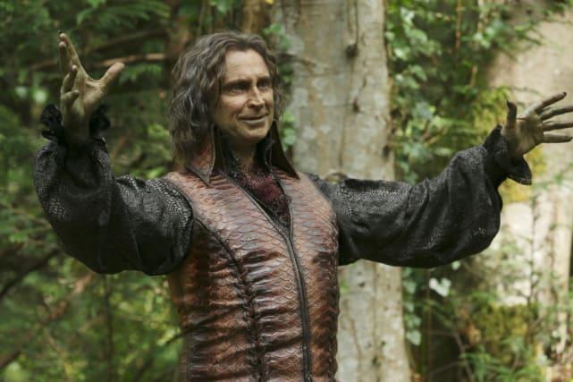 Whose Side is Rumpelstiltskin On? - Once Upon a Time Season 5 Episode 1