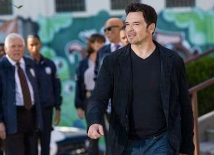 Watch Major Crimes Season 4 Episode 23 Online