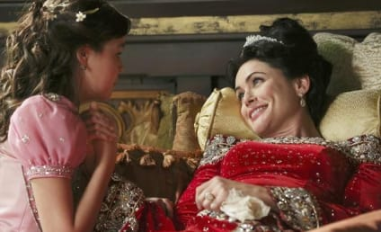 Once Upon a Time First Look: Hail, Queen Eva