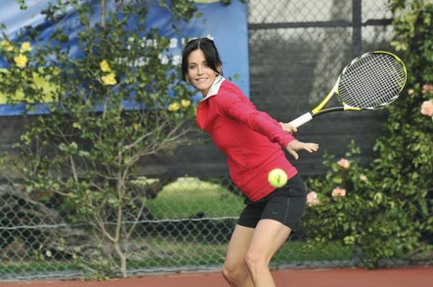 Jules Plays Tennis