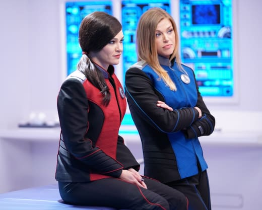 Just the Girls - The Orville Season 2 Episode 6