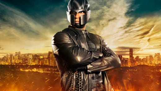 Diggle Suits Up - Arrow