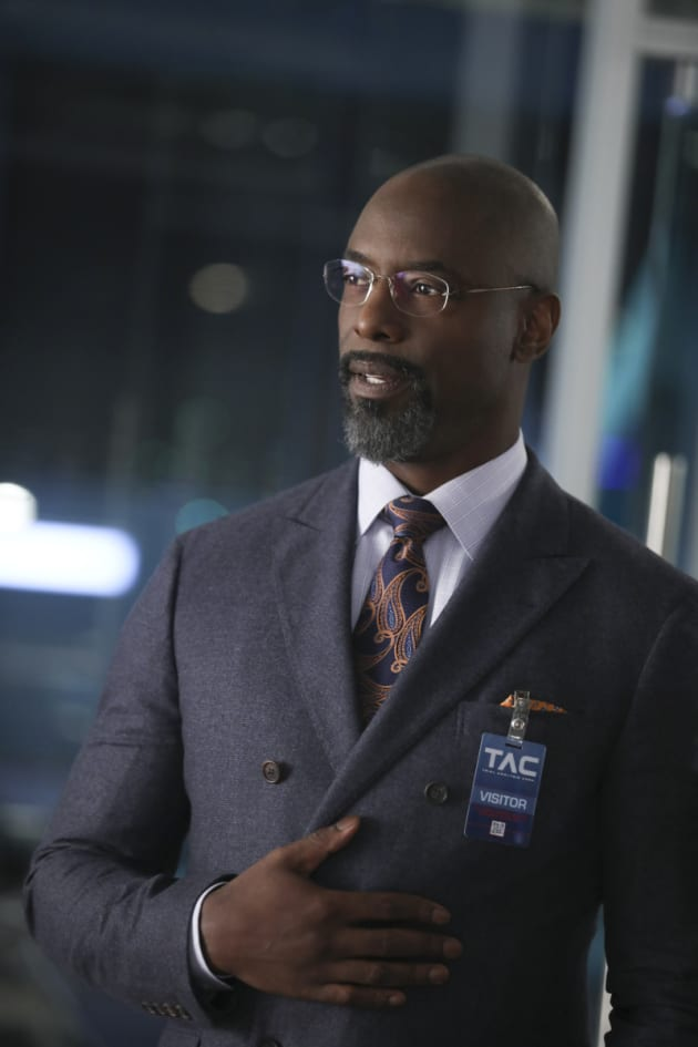 Isaiah Washington Guest Stars on Bull