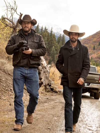 Walking with Walker - Yellowstone Season 2 Episode 6