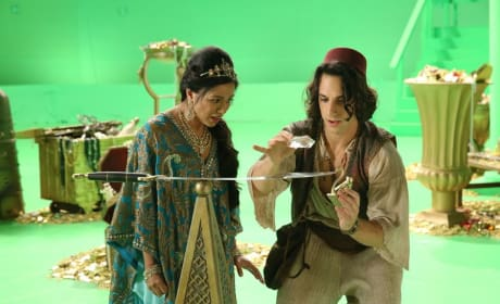 Aladdin Works His Magic - Once Upon a Time Season 6 Episode 5