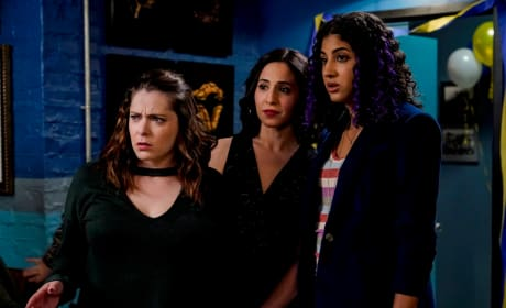 Heather, Valencia, and Rebecca - Crazy Ex-Girlfriend Season 4 Episode 8