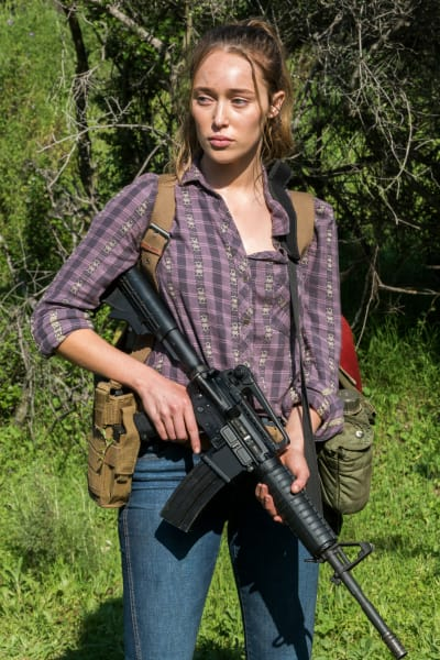 Alycia and the militia - Fear the Walking Dead