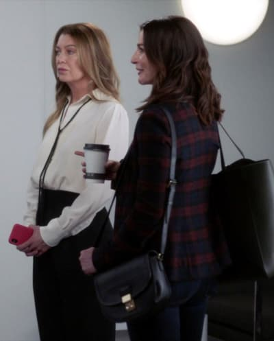 Amelia is Impressed -tall - Grey's Anatomy Season 18 Episode 2