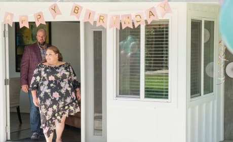 A Birthday Party: Confirmed! - This Is Us Season 3 Episode 1