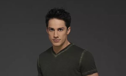 Roswell: Michael Trevino Lands Key Role!