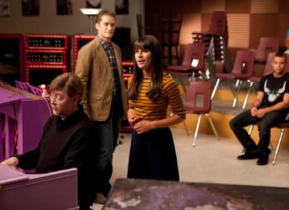Watch Glee Season 3 Episode 1 Online