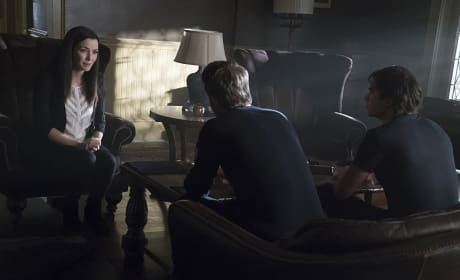 A Family Meeting - The Vampire Diaries Season 7 Episode 7