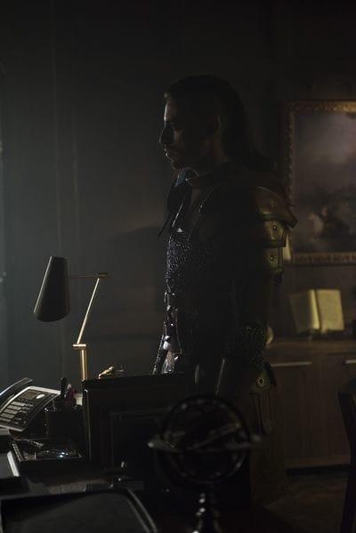 Seelie Visit - Shadowhunters Season 3 Episode 20