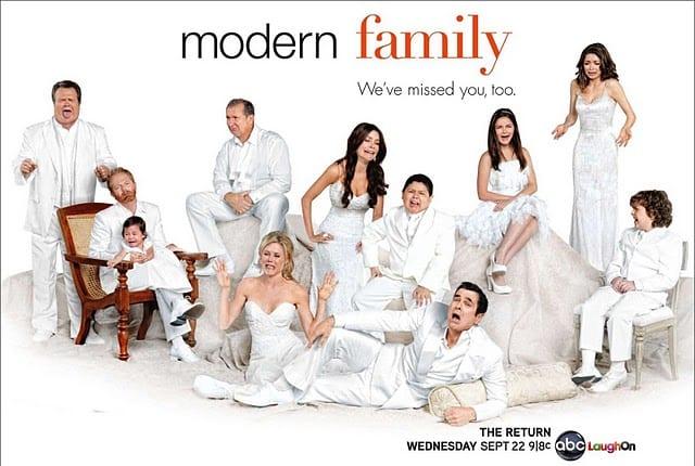 modern family season 10 episode 1 free