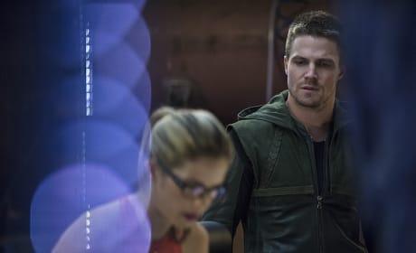 Artistic Look at Felicity - Arrow Season 3 Episode 2